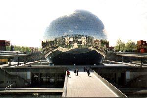 2000-05-01_paris-geode