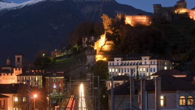 """Ticinonews: Inquinamento luminoso, """"Bellinzona come lo affronta?"""""""